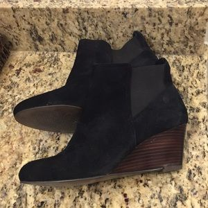 Sole society wedge booties size 7